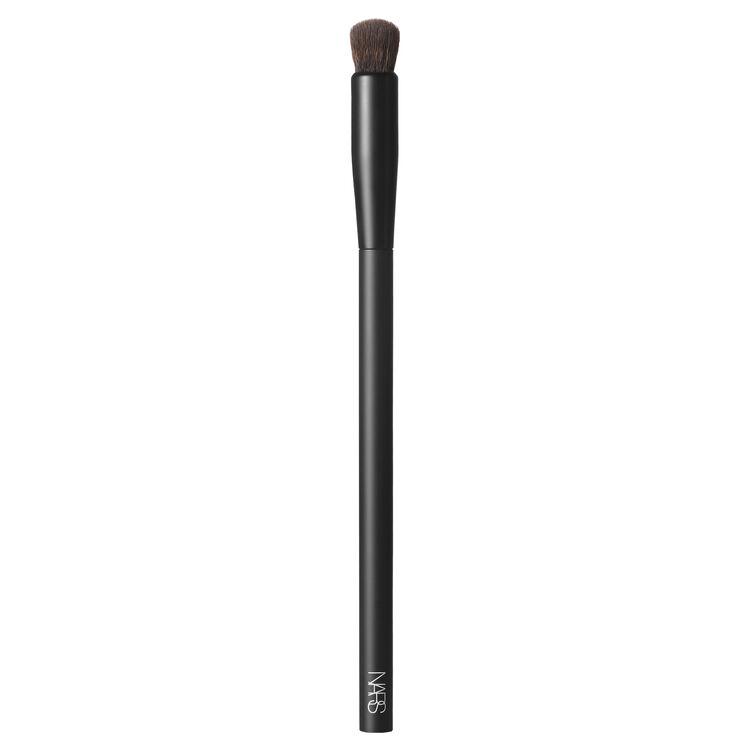 #11 Soft Matte Complete Concealer Brush,